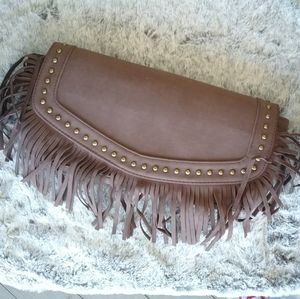 GHD styler clutch with clips